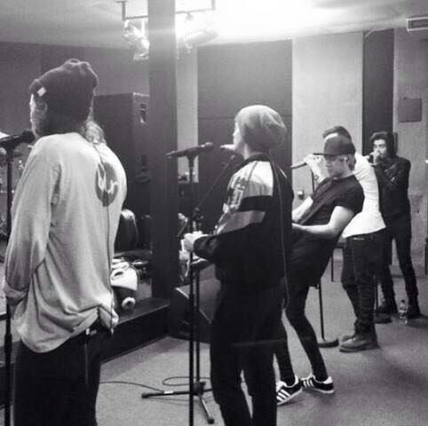 Les boys en répétition