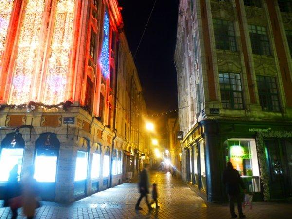 La nuit s'installe sur Lille