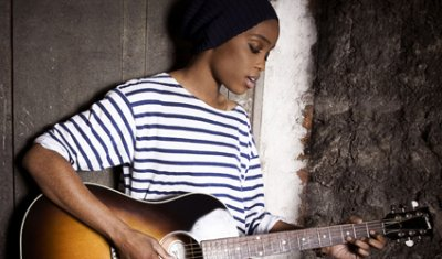 Irma : une guitare, une webcam et beaucoup de talent