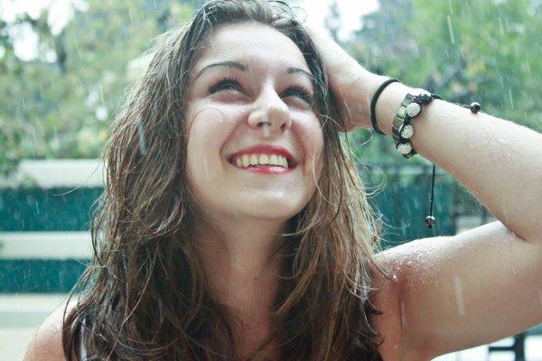 hey - bonjour les gens -it's me