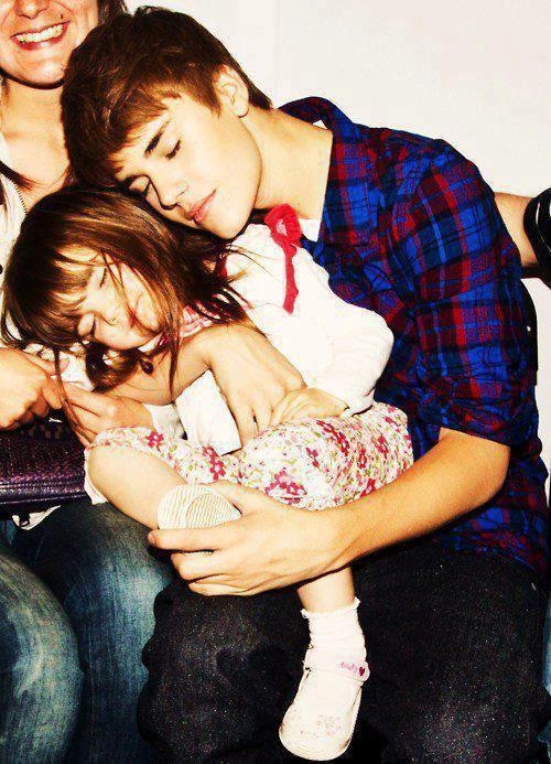 Justin et sa petite soeur ces mignon