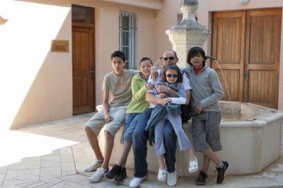 Mon frére avec ses enfants