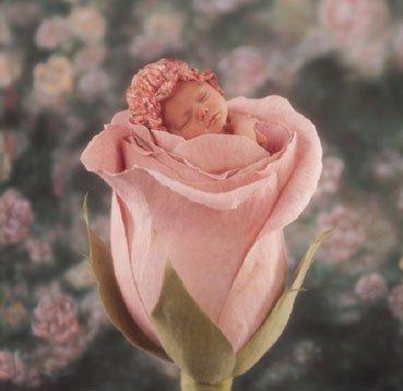 Chaque enfant qui naît est une nouvelle étincelle dans notre monde