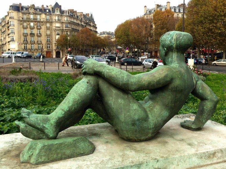 En allant au Théâtre des Champs Élysées
