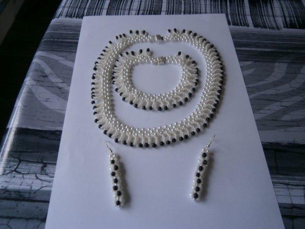parrures en perles et rocailles