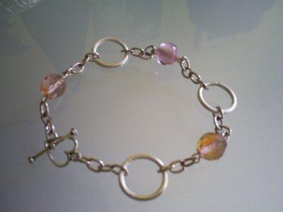 Perles en verre ; et anneaux en Métal !
