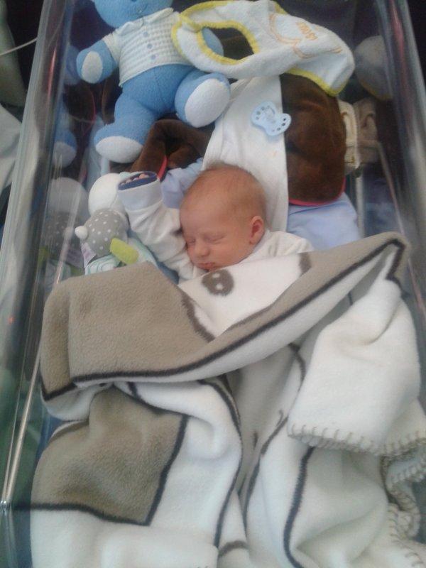 mon fils à la maternité