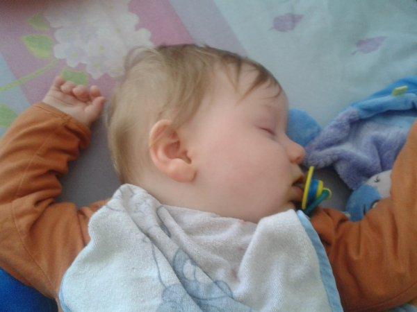 mon fils bientot 1 ans