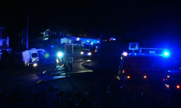 BFMTV  Police Justice   Faits DiversPas-de-Calais: quatre morts dans un incendie, dont deux pompiers volontaires