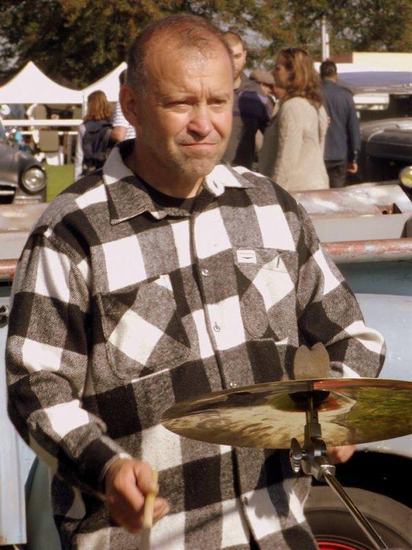 et oui c'est moi je suis le batteur des honky tonk d'jack