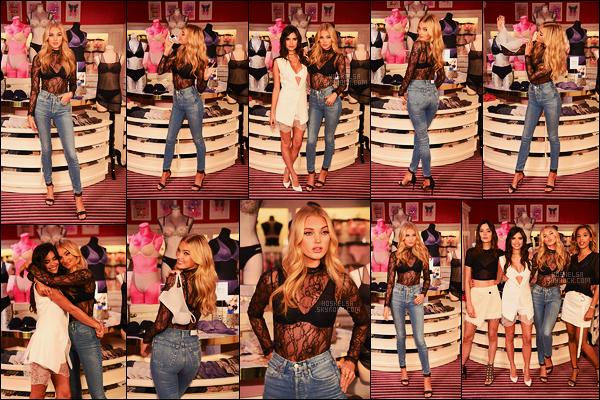 18/07/17 - Elsa Hosk présente à l'événement T-Shirt Bra de la marque Victoria Secret dans -  New York. Pour cet évenement spécial, les anges étaient accompagnées de leur meilleure amie respective qu'on peut voir sur la dernière photo, top