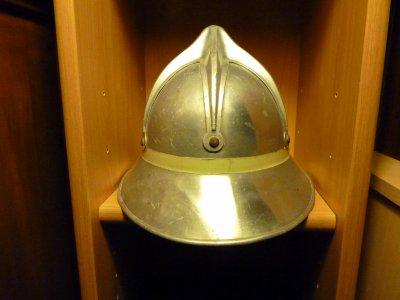 casque autrichien   recherche la plaque