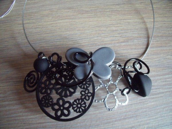 Collier 503