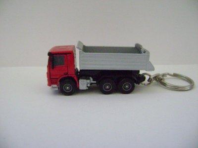 porte clé camion benne rouge mercedes