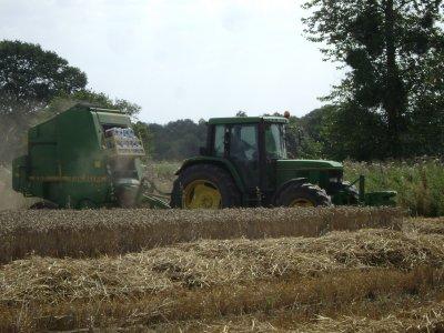 tracteur et round john deere gommenec h (22)