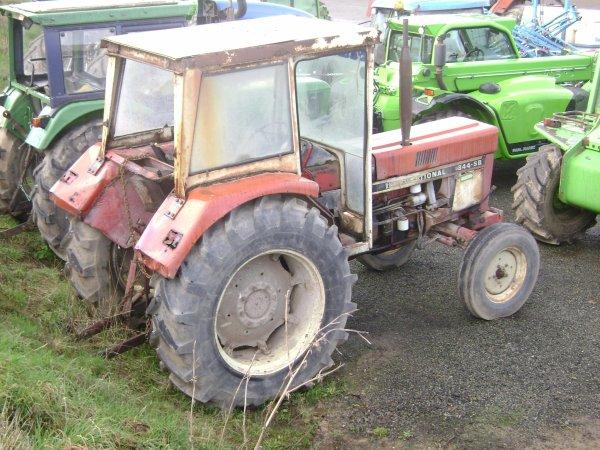 différent tracteur chez le concesecionaire