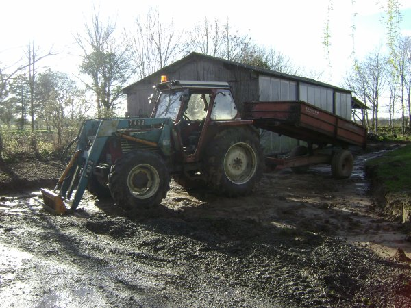 tracteur fiat remaoque mac cormik international