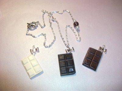 Collier Tablette de Chocolat, au choix