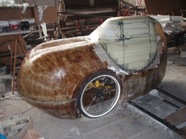Une carrosserie pour mon tricycle - suite -