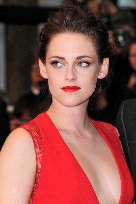 Kristen élue reine du style par Glamour UK!