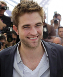 Joyeux anniversaire Robert Pattinson