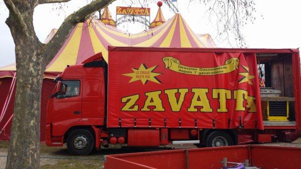 Le cirque achille zavatta à Saint-ouen l'aumone (95) du mercredi 16 au mercredi 30 mars 2016 (présentation)