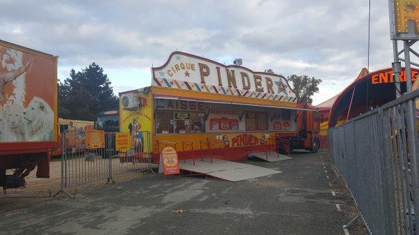 Le cirque Pinder à Paris 12ème (75) du 4 novembre au 22 janvier 2016 (Présentation)