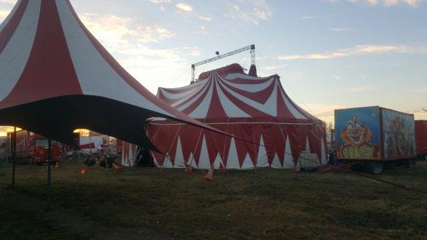 Le cirque Sébastien Zavatta à Aulnay-sous-bois (93) du 3 au 31 décembre 2016 (Présentation)