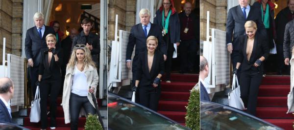 10/11/13 :Rita Ora quittant son hotel à Amsterdam