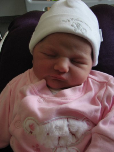 Notre petite puce est née samedi 11 juin 2011