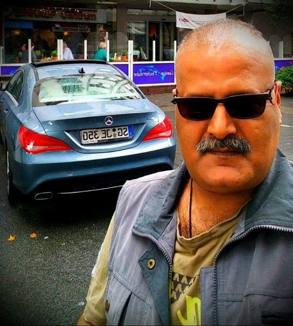 EID ROAMING LONG DRIVES PRESIDENT AGHA HASSAN SYED GERMANY AND JAMAL TAKKKO FRANCE