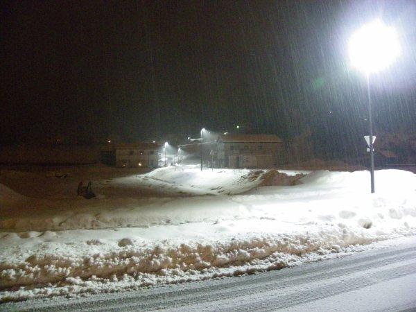 la nouvelle rue sous la neige