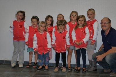 remise des blousons,le 03 octobre2011  par les sponsors Merci! a entreprise Bigmat STB