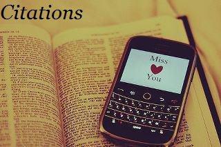 Ce SMS qu'on reçoit le soir de la personne qu'on aime