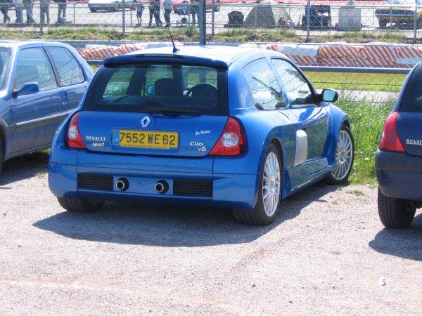 Renault Clio V6 2002
