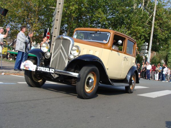 Citroën Rosalie 8