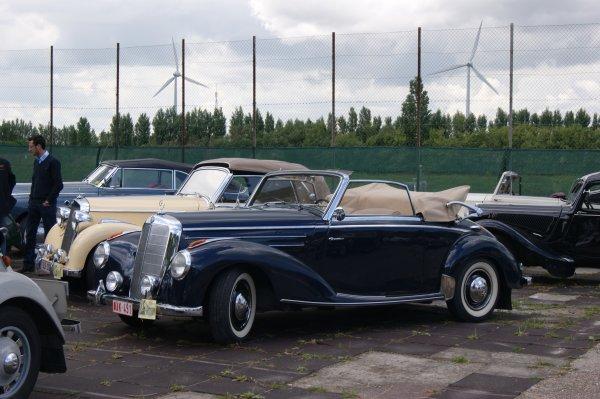 Mercedes 220 W187 1951