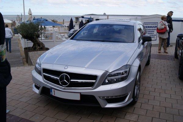 Mercedes CLS W219 63 AMG Shooting Brake 2012