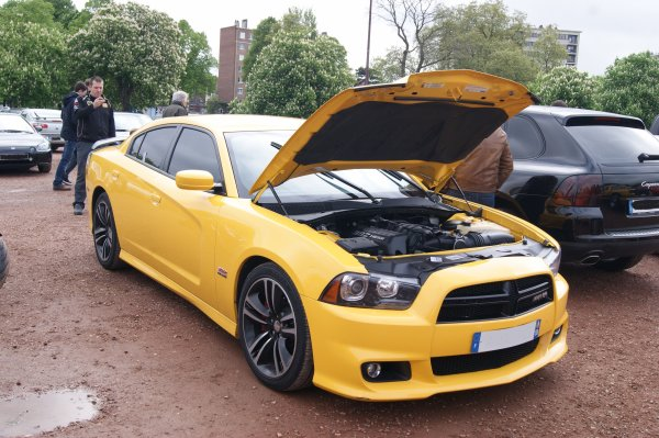 Dodge Charger Super Bee 2012