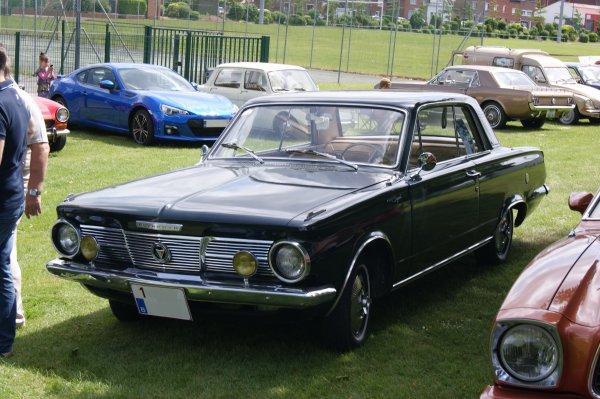Plymouth Valiant Signet 1965