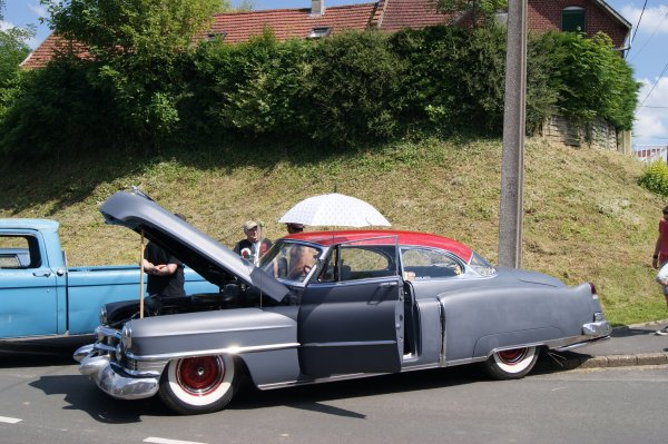 Cadillac Coupe De Ville 1951