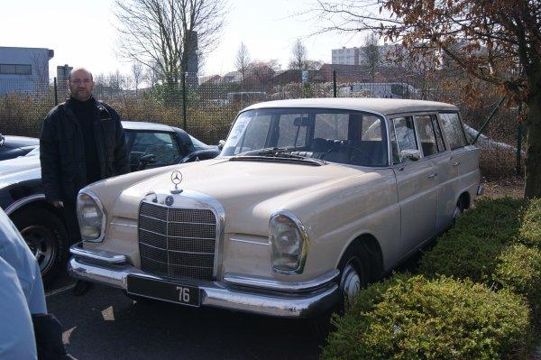 Mercedes 230 W110 Universal 1965