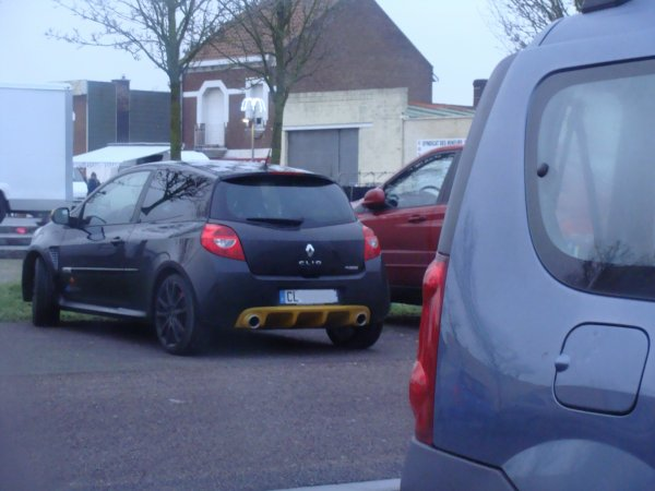 Renault Clio RS Red Bull Racing 2012