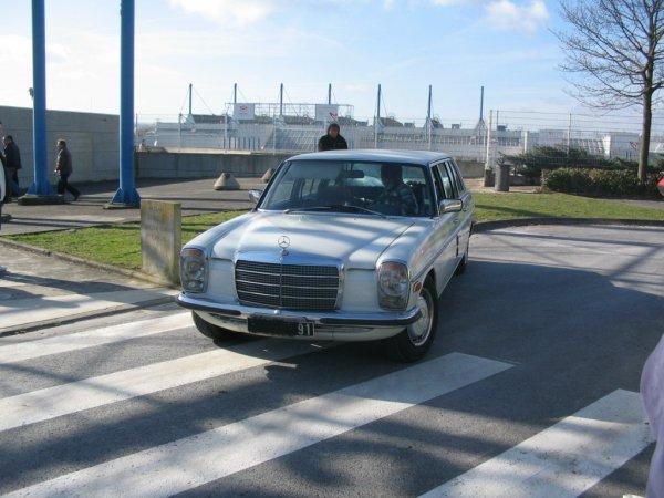 Mercedes 200 W114 1974