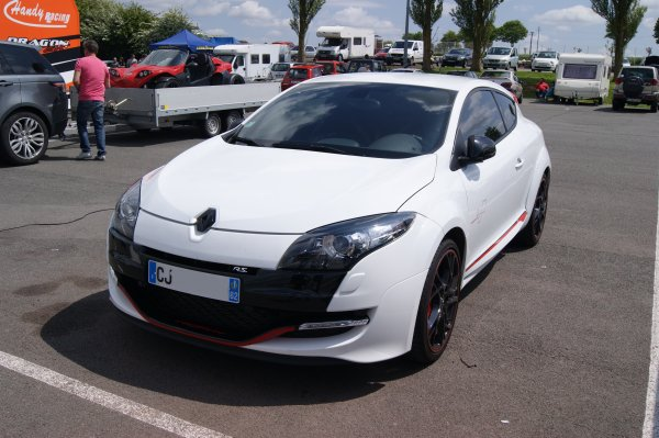 Renault Mégane RS Trophy 2012