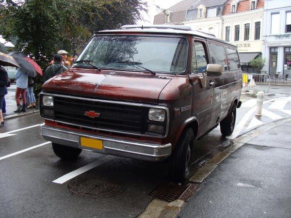 Chevrolet Chevy Van 1988