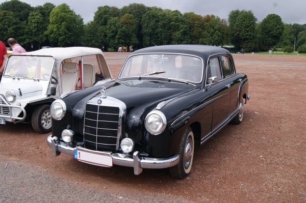 Mercedes 220 1954