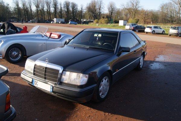 Mercedes 200 CE W124 1989