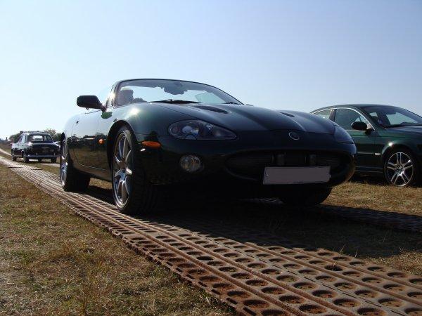 Jaguar XKR X100 2004