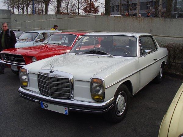 Mercedes CE W114 1969